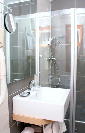 Foto del bagno Hotel Centro Benessere Gardel