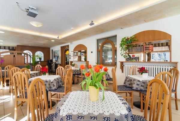 Das Restaurant Forni di Sopra (Friauler Alpen) Edelweiss