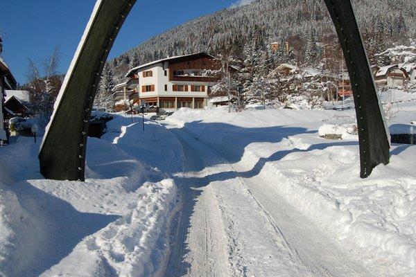 Photo exteriors in winter La Perla