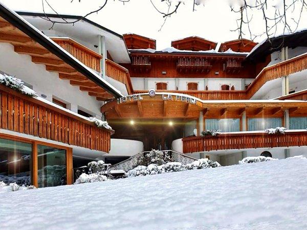 Winter presentation photo Hotel La Perla