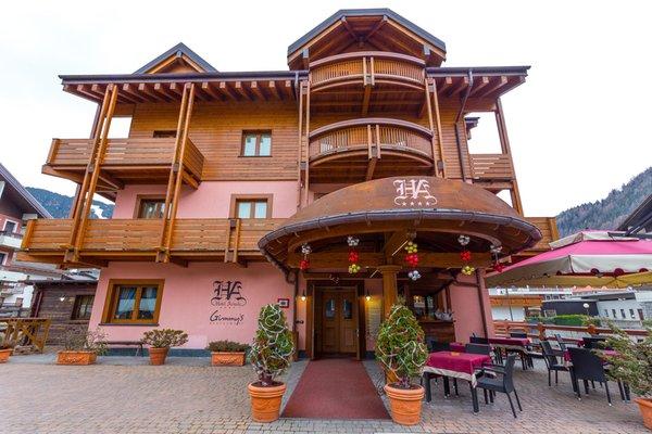 Foto estiva di presentazione Hotel Arisch