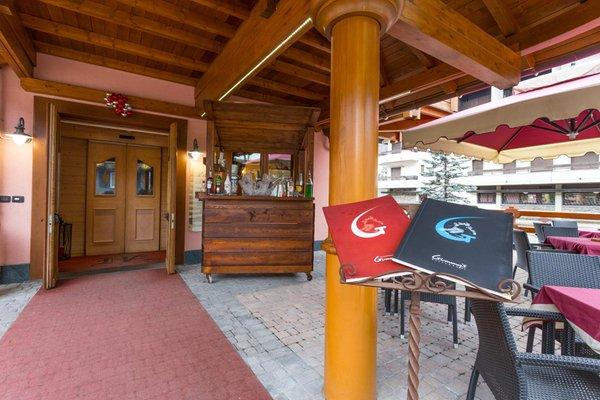 Foto esterno Hotel Arisch