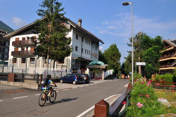 Foto estiva di presentazione Hotel + Residence Biancaneve