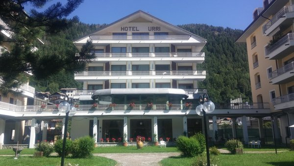 Foto estiva di presentazione Urri - Hotel 3 stelle
