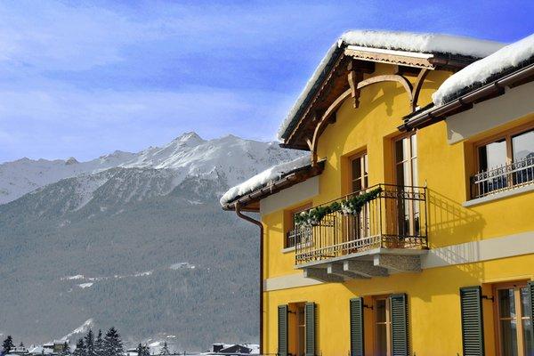 Hotel meubl sertorelli reit bormio valtellina for Hotel meuble moderno laveno