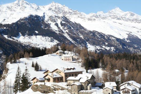 Foto esterno in inverno Casa Alpina S. Luigi
