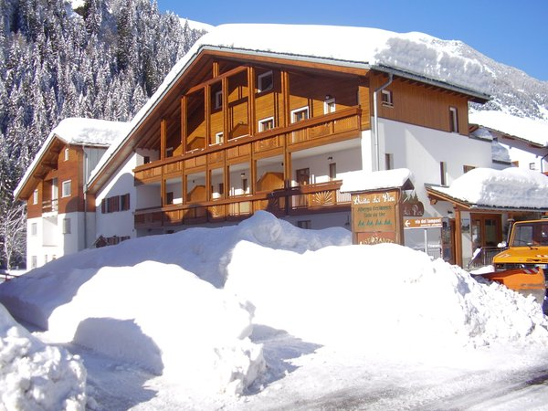 Winter Präsentationsbild Baita dei Pini - Residence 3 Sterne
