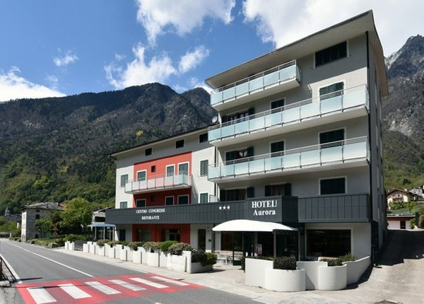 Foto estiva di presentazione Hotel Aurora