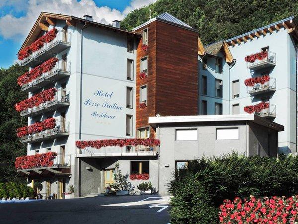 Foto estiva di presentazione Pizzo Scalino - Residence 4 stelle