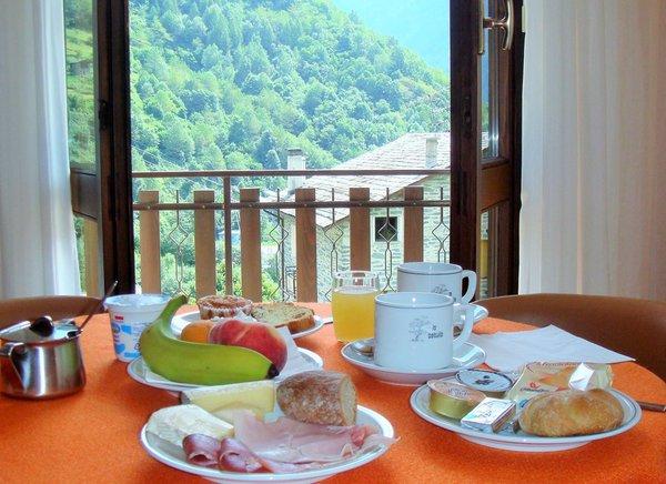 Das Frühstück Meublé La Betulla - Hotel 3 Sterne