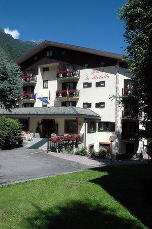 Foto estiva di presentazione Meublé La Betulla - Hotel 3 stelle