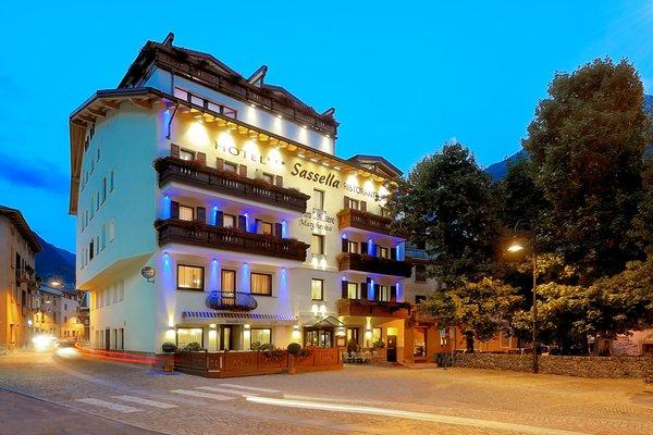 Foto estiva di presentazione Hotel Sassella