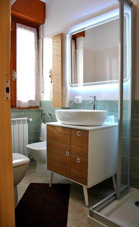 Foto del bagno Albergo Motel Dosdè