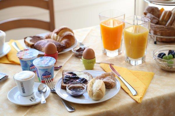 The breakfast B&B (Garni) + Apartments Le Corti