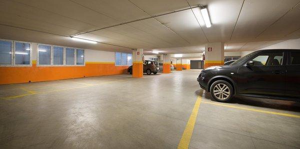 Il parcheggio Hotel Amerikan