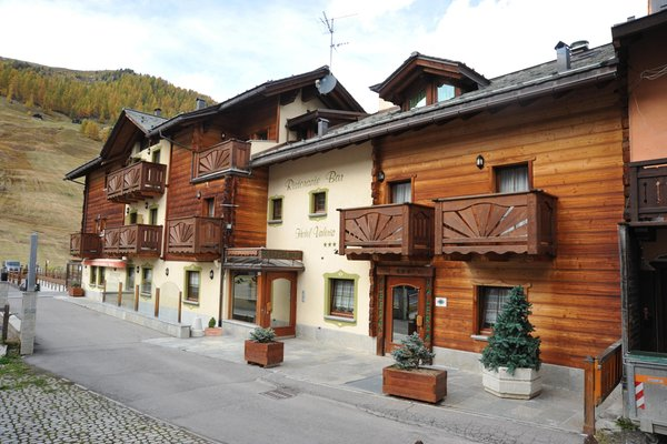 Foto estiva di presentazione Hotel Valeria