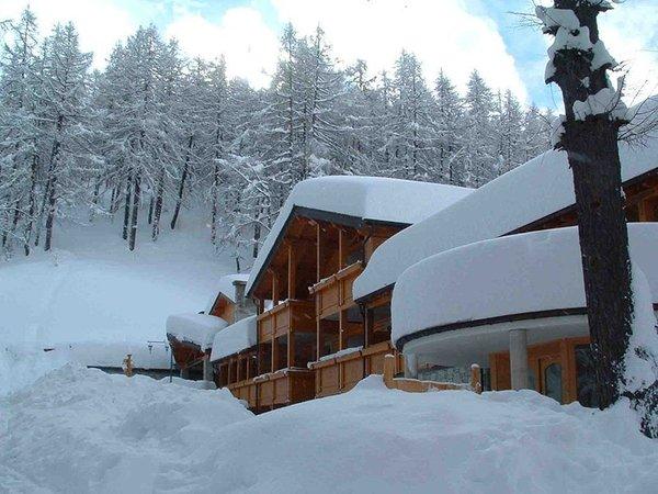 Foto invernale di presentazione Hotel Boscone Suite