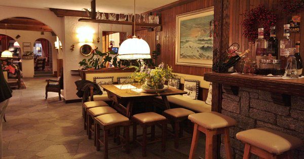 Foto del bar Hotel La Meridiana