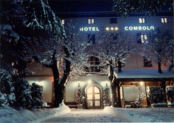 Foto invernale di presentazione Combolo - Hotel 3 stelle