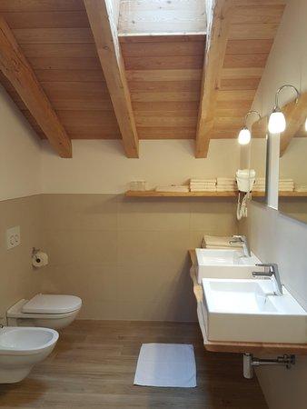 Photo of the bathroom Farmhouse apartments Bruggerhof at Klausberg