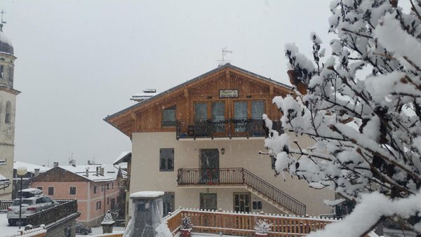 Foto Außenansicht im Winter Alpin Dolomites RTA