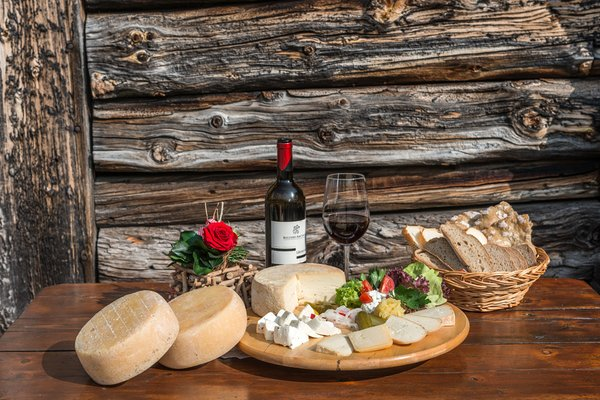 Recipes and gourmet-dishes Alpine farm Kaserill Alm
