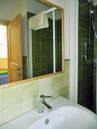 Foto del bagno Camere in agriturismo L'eco