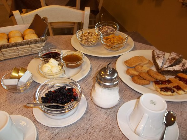 The breakfast Al Palaz - Rooms + Apartments in farmhouse