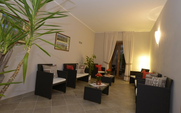 The common areas Rooms + Apartments in farmhouse Al Palaz