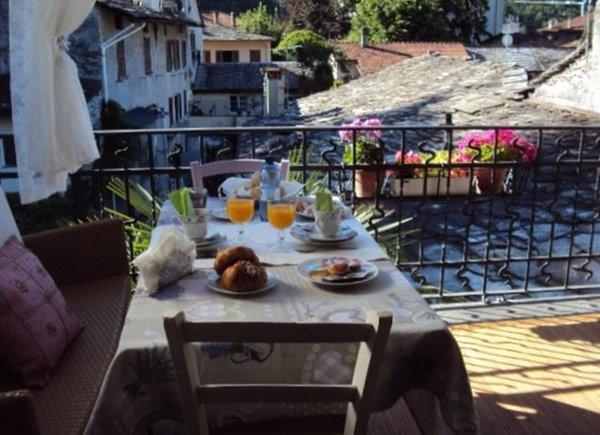 La colazione Chiavenna Centro Storico - Bed & Breakfast