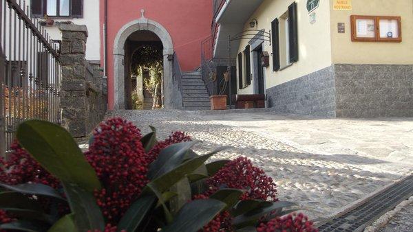 Foto Außenansicht im Sommer Monastero