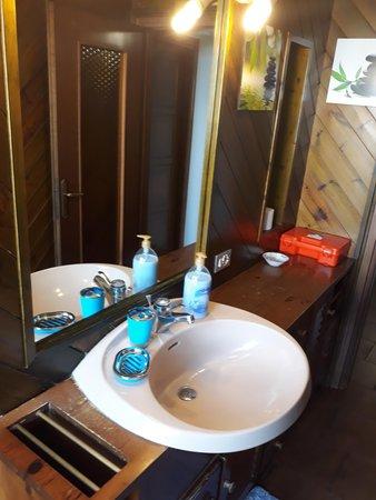 Foto del bagno Bed & Breakfast La Casa Rosa