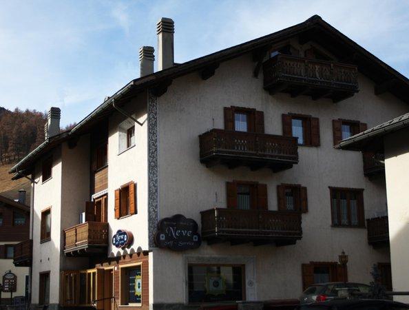 Foto estiva di presentazione La Nuvola - Appartamenti
