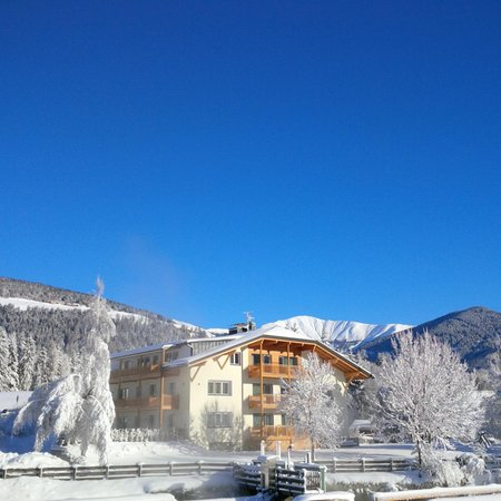 Foto Außenansicht im Winter Heidi