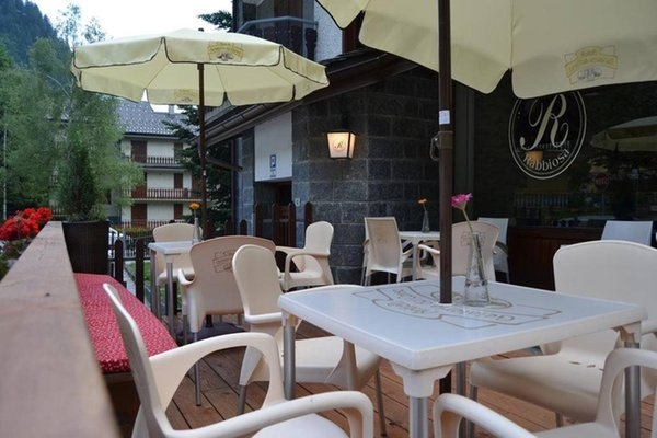 Photo exteriors in summer La Rabbiosa