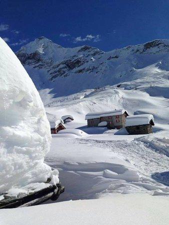 Foto Außenansicht im Winter Cristina