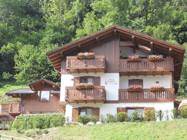 Sommer Präsentationsbild Villa Elena - Ferienwohnungen