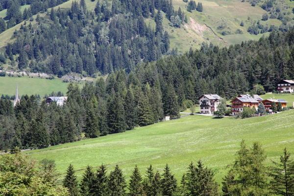 Position Apartments Ciasa Nigritella Badia - San Leonardo