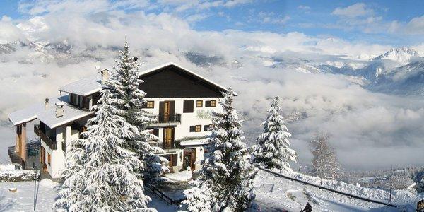 Hotel tivet pila valle d 39 aosta for Design hotel valle d aosta