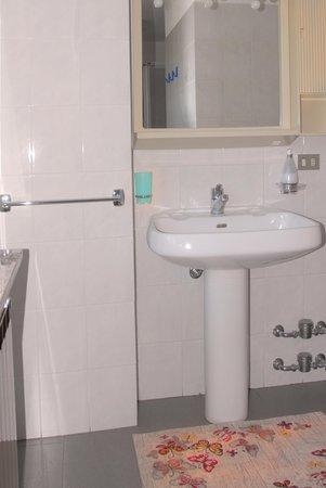 Foto del bagno Appartamenti in agriturismo Plan d'Avie