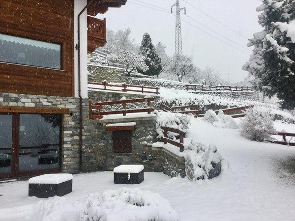 Foto Außenansicht im Winter Chèvres à cheval