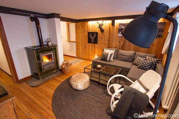 Das Wohnzimmer Ferienwohnungen Chalet Bethere