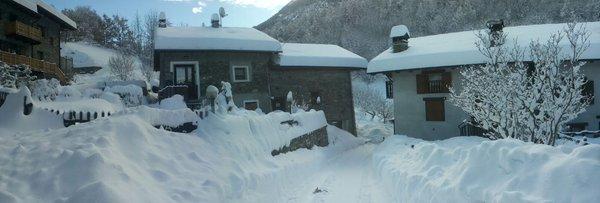 Foto esterno in inverno Le Botteron