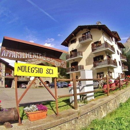 Foto estiva di presentazione Residence Luseney