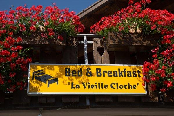 Logo La Vieille Cloche