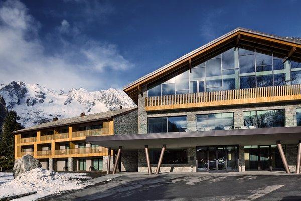 Winter Präsentationsbild Grand Hotel Courmayeur Mont Blanc