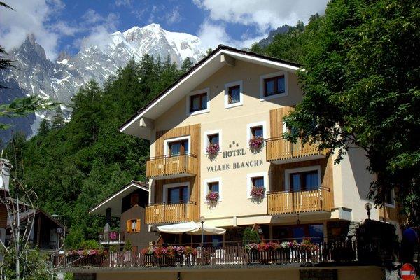 Foto estiva di presentazione Hotel La Vallée Blanche - Hotel + Residence 3 stelle