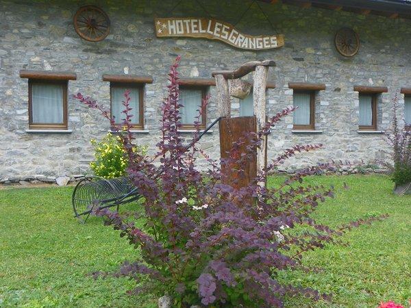 Foto estiva di presentazione Hotel Les Granges