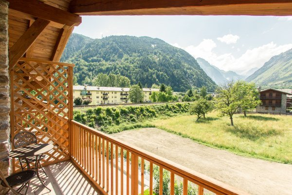 Photo of the balcony Les Montagnards
