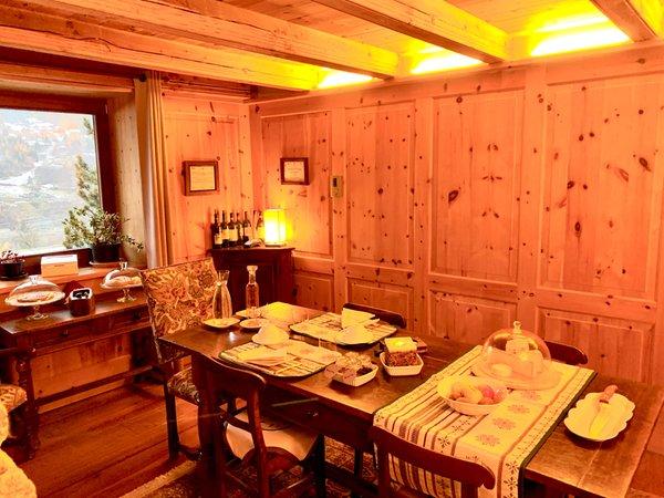 La colazione B&B + Appartamenti Trois Couronnes